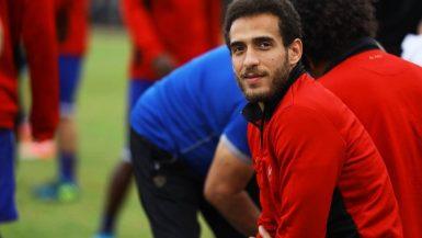 هشام محمد ينتظم في التدريبات الجماعية بالأهلي